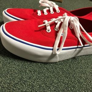 Vans Shoes - Platform red vans! NWOT ab5d9d2a4